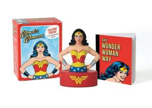 Wonder Woman Talking Figure and Illustrated Book de Running Press