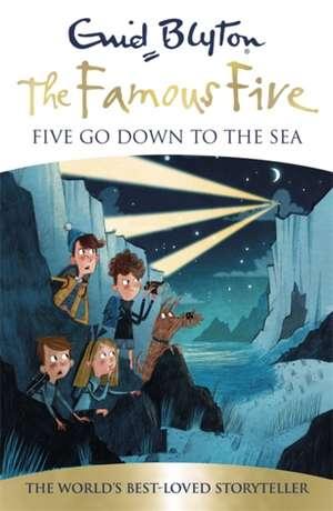 Five Go Down To The Sea de Enid Blyton